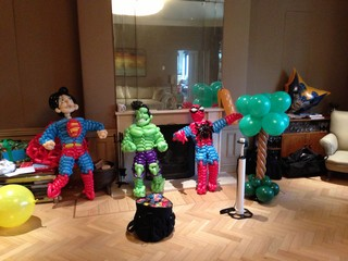 balloon superheros