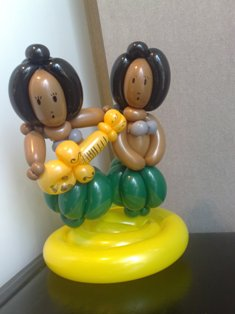 balloon hula girls