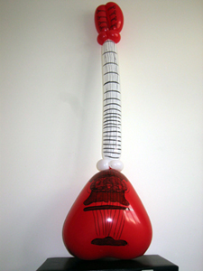 balloon musical instrument saz