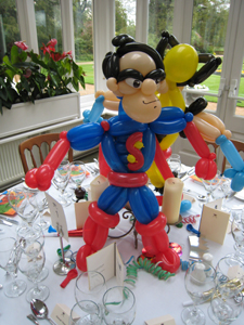 balloon superhero