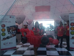 balloon f1 car abu dhabi